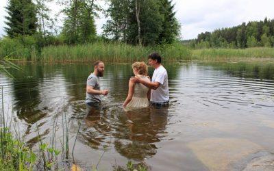 Bažnyčios išvyka. Vandens krikštas