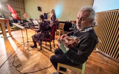 Garbinimo pamaldos su Šiaulių ekumenine šlovinimo grupe (Foto ir video)