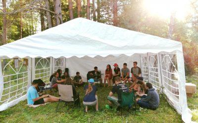 Vaikų-paauglių ir jaunimo stovyklomis derlingas rugpjūtis