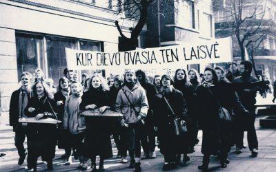 Nuotraukos iš Velykinės eisenos 1991 m. kovo 30 d.
