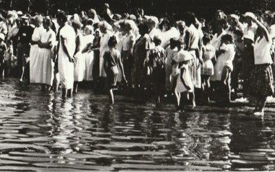Nuotraukos iš pirmojo bažnyčios Vandens Krikšto prie Bijotės ežero, 1991 m. gegužės 26 d.